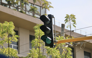 Activadas intersecciones semafóricas de montería.