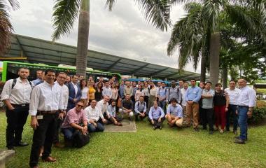 """Taller """"Transporte público en Colombia, hacía la movilidad eléctrica: retos y condiciones"""""""